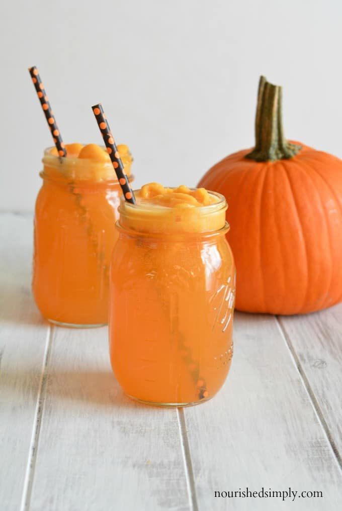 Halloween party drinks are often filled with artificial colors and flavors. This Hocus Pocus Halloween Punch is free of artificial colors and dyes.