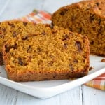 Start Thanksgiving morning off with this yummy pumpkin chocolate chip bread.