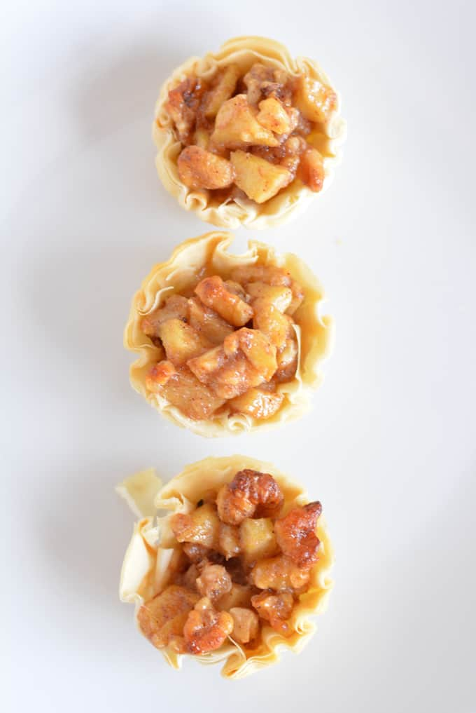 Mini Walnut Apple Tart: a great dessert for portion control.